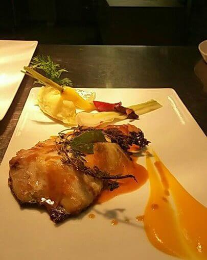Ce soir dans notre menu à 25 € : -Soupe de carottes – turbo rôti, fèves de ton…