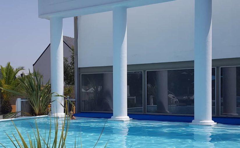 Ambiance Relax ce matin au bord de la piscine. 29° dans l'eau   #nofilter #hotel…