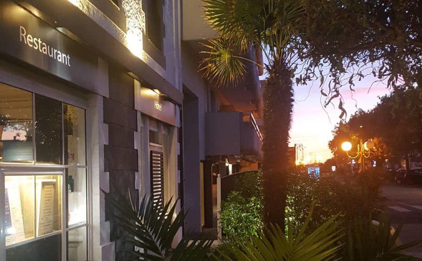 Encore de jolies couleurs ce soir.   #sunset #hotelrestaurant #sudbretagne #hsb …